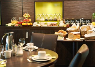 Classik-Hotel-Collection-Magdeburg-Restaurant-Breakfast-01-Web