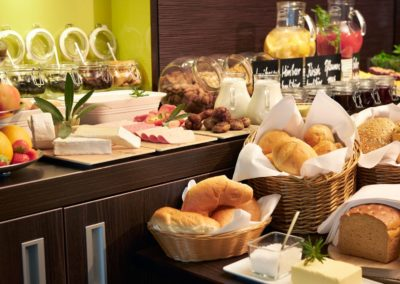Classik-Hotel-Collection-Magdeburg-Restaurant-Breakfast-02-Web