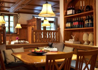 Classik-Hotel-Collection-Munich-Martinshof-Restaurant-Stammtisch-Web