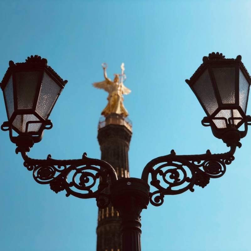 Classik Hotel Collection Siegessäule vor Lampen